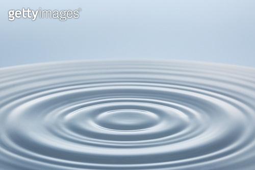 오브젝트 (묘사), 스튜디오촬영, 물 (자연현상), 수면 (물), 파장, 파문 (물체묘사), 역광, 백그라운드, 깨끗함, 패턴, 물결, 방울 (액체), 탑앵글