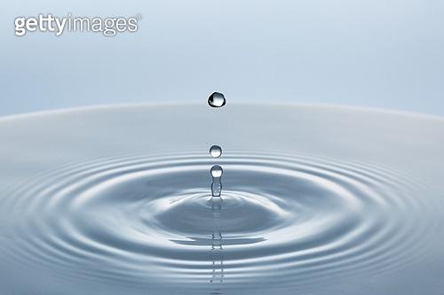 오브젝트 (묘사), 물 (자연현상), 수면 (물), 파장, 파문 (물체묘사), 역광, 백그라운드, 깨끗함, 패턴, 물결, 방울 (액체), 탑앵글