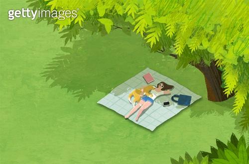 여름, 풍경 (컨셉), 여성 (성별), 라이프스타일, 휴식, 나무, 자연 (주제), 잔디밭 (경작지), 소풍 (아웃도어), 애완견 (개)