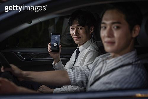 라이프스타일 (주제), 자동차, 운전 (움직이는활동), 대리운전, 카셰어링 (공유), 모바일앱 (인터넷), 스마트폰, 스마트기기 (정보장비)
