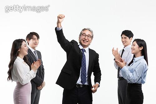 한국인, 비즈니스, CEO (책임자), 성공, 성취, 성취 (성공), CEO, 책임자, 파이팅, 주먹, 자신감 (컨셉), 실버라이프 (주제), 성공 (컨셉), 파이팅 (흔들기)