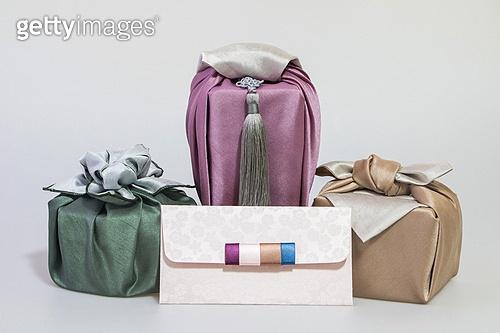 전통문화 (주제), 새해 (홀리데이), 예물함, 보자기, 비단, 예단함