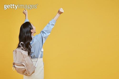 한국인, 대학생, 신입생, 상업이벤트 (사건), 여학생, 여성 (성별), 청년여자 (성인여자), 뒷모습, 손들기 (팔들기)