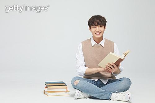 한국인, 대학생, 청년 (성인), 라이프스타일, 신입생, 취업준비생 (역할), 취업준비생, 청년남자 (성인남자)
