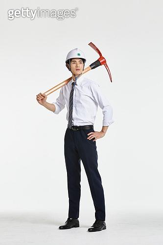 한국인, 비즈니스 (주제), 성공, 전략, 비즈니스맨, 건설업 (산업), 건설현장 (인조공간), 발전 (컨셉), 성장, 성장 (컨셉), 경제