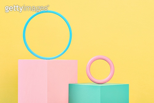 백그라운드, 사람없음, 오브젝트 (묘사), 컬러, 파스텔톤 (색상강도), 도형, 기하학모양 (도형), 육면체 (Three-dimensional Shape), 교육 (주제), 원형 (이차원모양), 장난감블록 (장난감), 블록모양 (도형)
