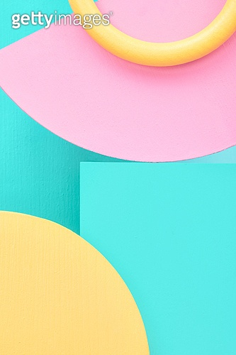 백그라운드, 사람없음, 오브젝트 (묘사), 컬러, 파스텔톤, 도형, 기하학모양, 교육 (주제), 장난감블록, 블록모양, 실내, 스튜디오촬영, 원형 (이차원모양), 육면체 (Three-dimensional Shape)
