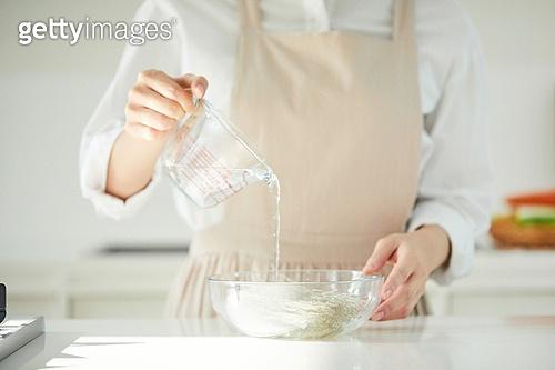 음식재료, 음식준비, 음식준비 (움직이는활동), 요리 (음식상태), 요리하기 (음식준비), 쿠킹클래스 (가정학수업), 한식, 주방 (건설물), 당면, 잡채