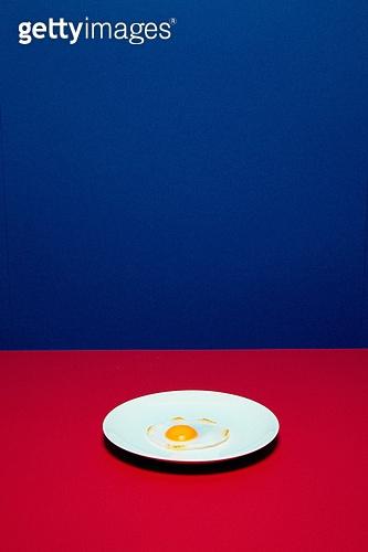레트로스타일 (컨셉), 20세기스타일 (스타일), 컬러, 손톱 (손가락), 네일아트, 뉴트로, 달걀, 달걀프라이 (달걀)