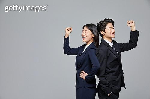 한국인, 선거, 투표 (선거), 비즈니스맨, 화이트칼라 (전문직), 취업준비생 (역할), 채용 (고용문제), 고용문제 (주제), 자신감, 자신감 (컨셉)