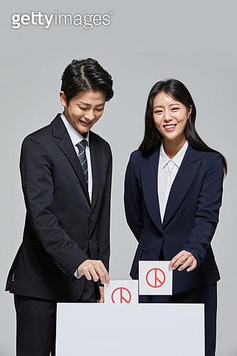 한국인, 선거, 투표 (선거), 선거권 (선거), 지방선거 (선거), 대통령선거, 사전투표 (투표), 국회의원선거 (선거), 취업준비생 (역할), 투표용지, 투표용지 (서류), 투표함