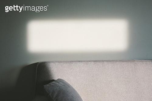 실내, 백그라운드, 햇빛 (빛효과), 뜨거움 (컨셉), 인테리어, 소파, 가구, 실루엣 (역광), 그림자