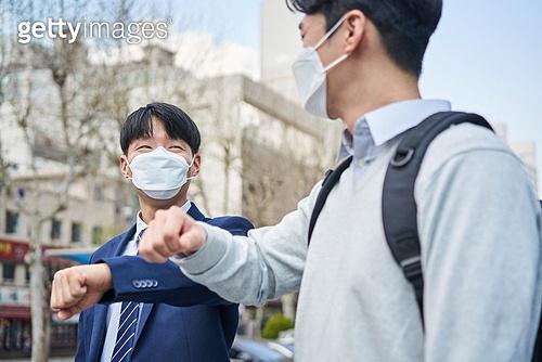 코로나바이러스 (바이러스), 코로나19 (코로나바이러스), 사회적거리두기 (사회이슈), 위기극복 (컨셉), 마스크 (방호용품), 예절 (컨셉)