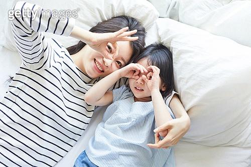 엄마, 딸, 육아, 침실, 미소, 따라하기 (움직이는활동)