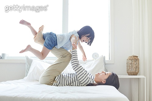 엄마, 딸, 육아, 침실, 미소, 만족