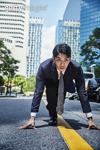 비즈니스, 비즈니스 (주제), 비즈니스맨 (사업가), 도전, 도전 (컨셉), 결의, 자신감, 시작 (컨셉), 성공, 출발선, 시작