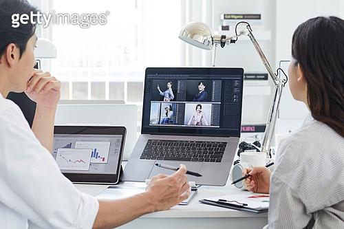 MCN, 비즈니스, 비즈니스 (주제), 일 (물리적활동), 스타트업, 아이디어 (컨셉), 업무현장