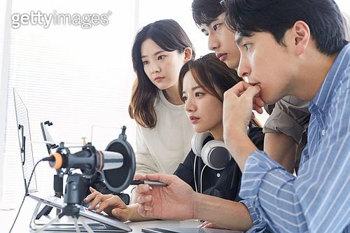 MCN, MCN (주제), 스타트업, 스타트업 (소기업), 일 (물리적활동), 분석, 집중
