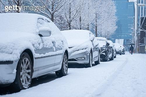 겨울, 겨울 (계절), 한파, 쌓인눈 (눈), 눈 (얼어있는물), 날씨, 도로, 자동차, 자동차보험, 제설작업 (겨울)