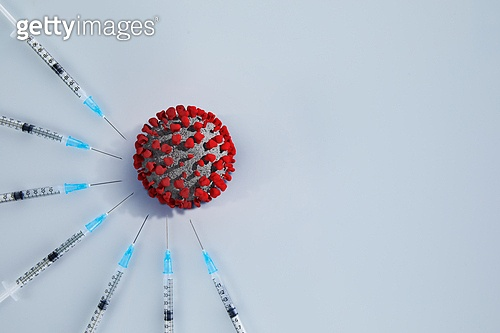 예방접종 (주사), 코로나바이러스 (바이러스), 코로나19 (코로나바이러스), 집단면역 (주제), COVID-19 (Coronavirus), 약 (의료품), 치료, 예방접종, 전염병, 질병, 질병예방, 종식, 주사기