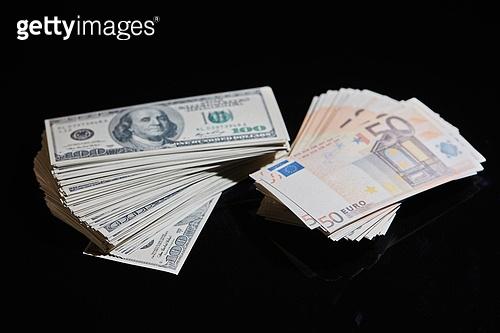 화폐 (금융아이템), 경제, 금융, 돈벌기 (컨셉), 환율 (금융), 외화, 미국화폐 (화폐), 유로지폐 (유로)