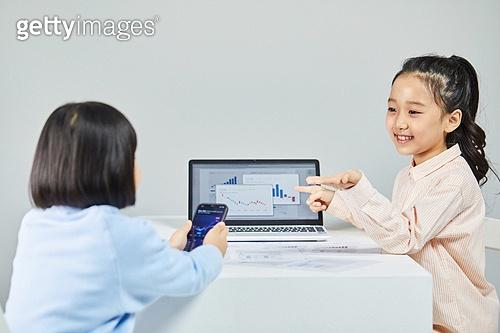 어린이만, 노트북컴퓨터 (개인용컴퓨터), 디지털교과서 (교과서), 주린이