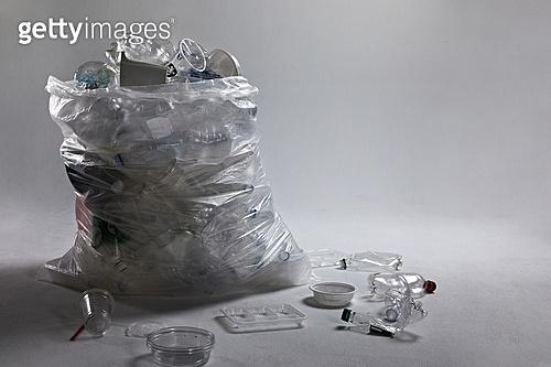 플라스틱, 쓰레기 (물체묘사), 비닐봉투 (가방), 환경오염, 재활용 (환경보호), 넘침 (가득함)