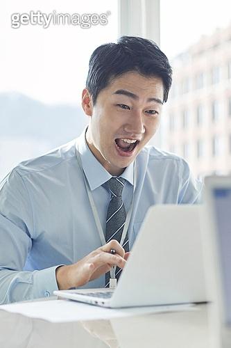 비즈니스, 비즈니스 (주제), 비즈니스맨 (사업가), 비즈니스미팅, 화이트칼라 (전문직), 사무실, 생각 (컨셉), 회의실, 미팅, 행복, 성취, 성공