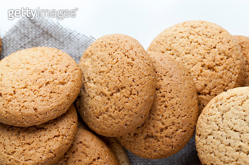 not very sweet dry and crunchy cookies
