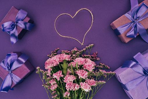 gift box & flower