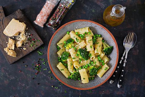 Pasta rigatoni with broccoli