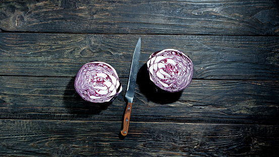 Red cabbage slicing
