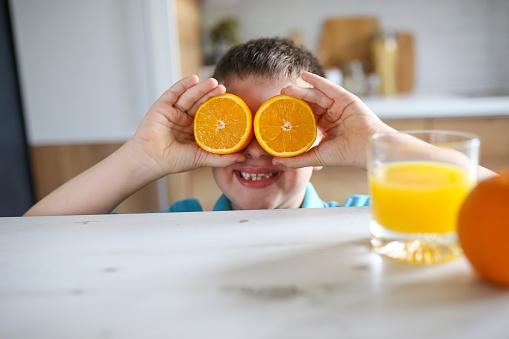 신선한 오렌지주스