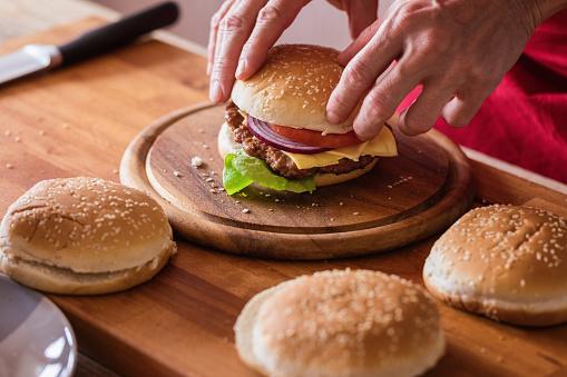 Hamburger preparing