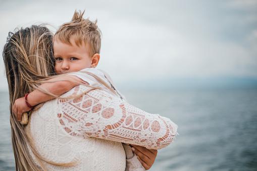 사랑스러운 아이와 바다여행