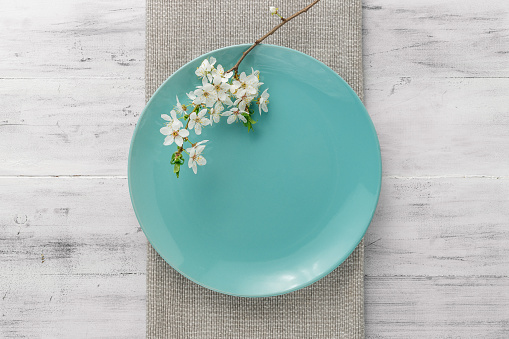 Spring table set