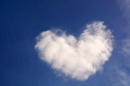 하늘 위의 구름
