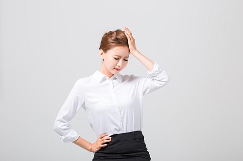 직장 여성의 통증