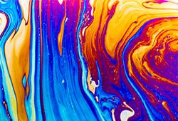 해외사진_Macro shot of a soap bubble