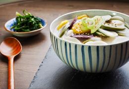 Korean food rice cake soup