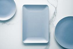 해외사진_Empty plate on marble
