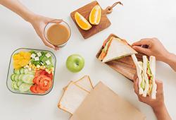 해외사진_샌드위치 만들기